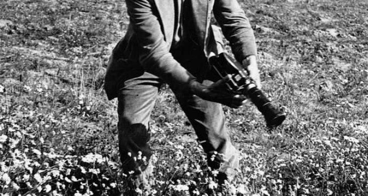 კინოს ანტი-100 წლის მანიფესტი (იონას მეკასი)